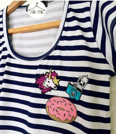 T-shirt  Listras || Stripes Unicornio Patches {{ Manga Curta }}