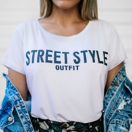 T-shirt Street Style | Branca - In Love