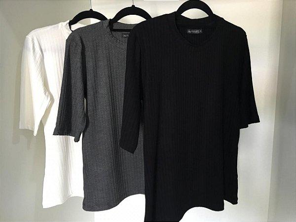 T-shirt Canelada Diva | Cores: Off White, Preto e Cinza Mescla
