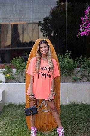 T-shirt Vacay Mode | Laranja Neon - Modelagem Over - In Love