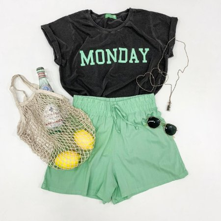 T-shirt Monday | Cinza + Verde - In love