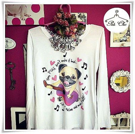 T-shirt Pug { Desenho Animado } Violão - Branca || Petit Rosè