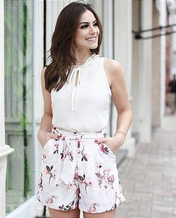 Shorts Floral com faixa