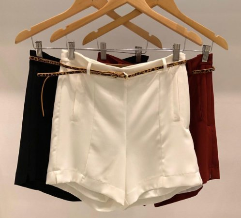 c430c6aaa9 Shorts Alfaiataria Cinto Onça (Cores) - Mells Moda