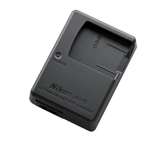 Carregador Nikon MH-65 para Bateria Nikon EN-EL12 para câmeras COOLPIX S9900 / AW130 / P330