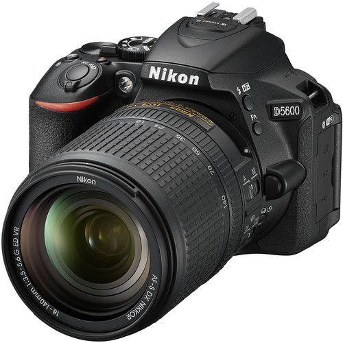 Câmera Nikon D5600 Kit Lente Nikon AF-S DX NIKKOR 18-140mm f/3.5-5.6G ED VR