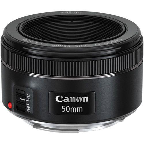 Lente Canon EF 50mm f/1.8 STM com Parasol Canon ES-68