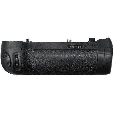 Multi Battery Power Pack Nikon MB-D18 para câmera Nikon D850