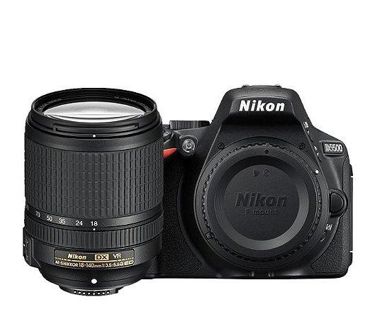 Câmera Nikon D5500 Kit com Lente Nikon AF-S DX NIKKOR 18-140mm f/3.5-5.6G VR