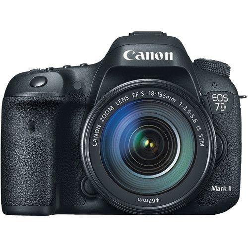 Câmera Canon EOS 7D Mark II Kit Lente Canon EF-S 18-135mm f/3.5-5.6 IS STM