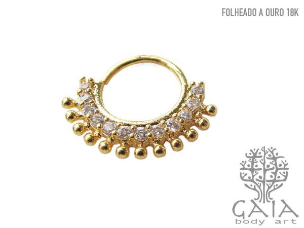 Argola Dourada Zircônias Amber