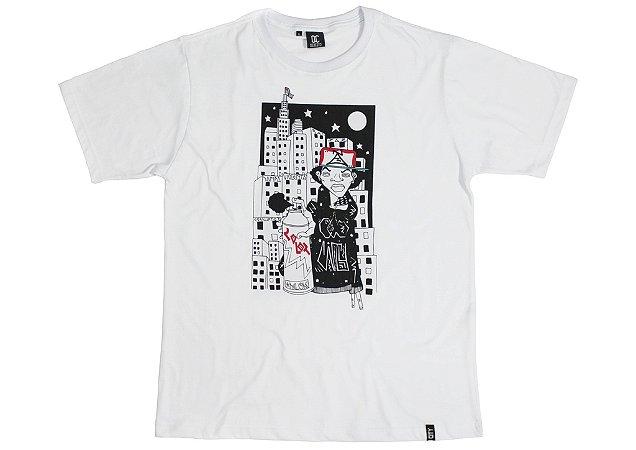 Camiseta Old City X Ã Uban Shop X MLOK - Branca .