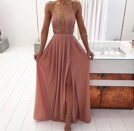 8214ac2ab Vestido longo com decote ousado e fenda na cor Rose - @ateliemyway ...