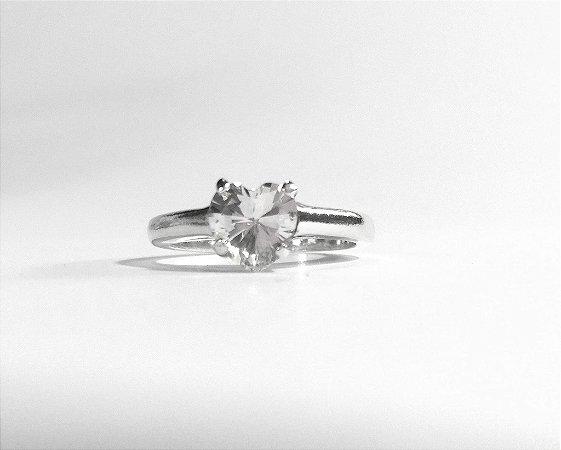 Anel de Prata Solitário de coração em cristal zircônia