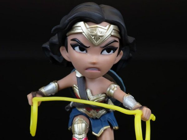 Mulher Maravilha Liga da Justiça Q-Fig Quantum Mechanix Original
