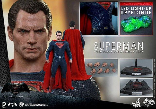 Superman Batman vs Superman A origem da Justiça Movie Masterpiece Hot Toys Original