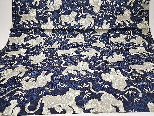 Silver Tiger. Tecido Japonês 100% Algodão (50x55cm)