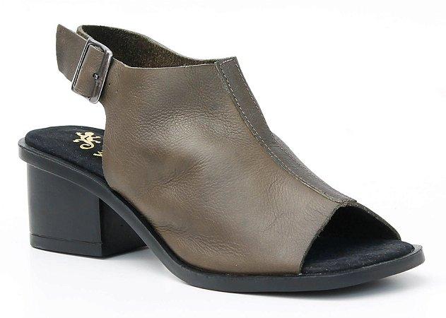 Sandália feminina em couro salto médio Wuell Casual Shoes - Catas Altas - NMB 04879 - musgo