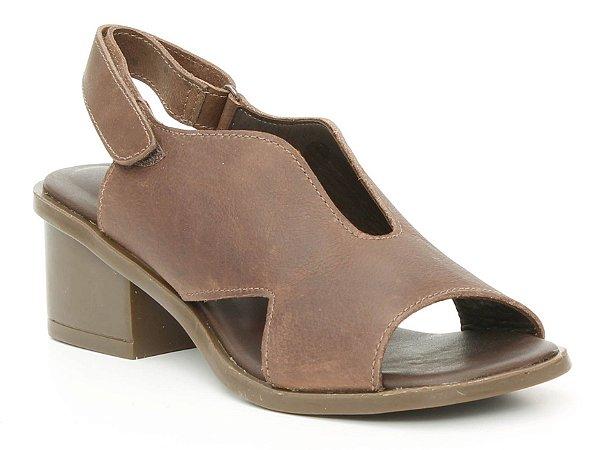 Sandália feminina em couro salto médio Wuell Casual Shoes - Catas Altas - NMB 03279 -marrom
