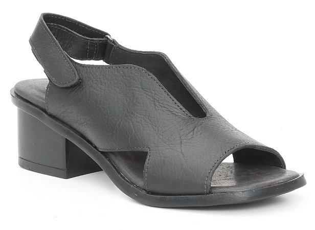 Sandália feminina em couro salto médio Wuell Casual Shoes - Catas Altas - NMB 03279 - preta