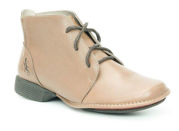 Bota Feminina cano curto em couro Wuell Casual Shoes - KOYA - XC 1300 - marrom