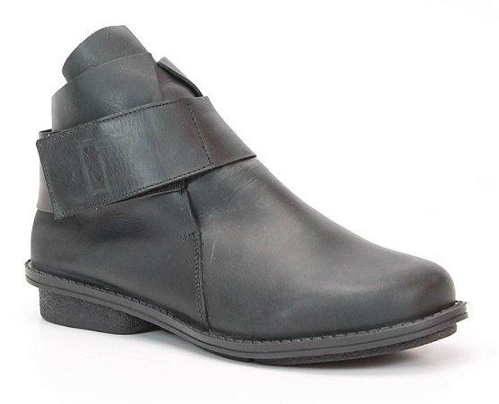 Bota Feminina cano curto em couro Wuell Casual Shoes - SAMI 2351 - preta