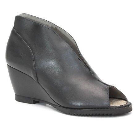 Sandália Feminina em Couro Salto Anabela Wuell Casual Shoes - KOYA - MB 3200 - preta