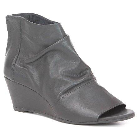 Sandália anabela Feminina em Couro Wuell Casual Shoes - PUNTA ARENAS - VN 008414 - preta