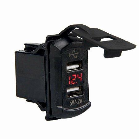 Tomada USB Marinizada Dupla c Voltímetro 12/24V 3.1A SeaTech