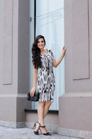 Vestido Edivânia Preto com bege - Moda Cristã