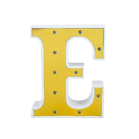 Luminária Letra E Dourada