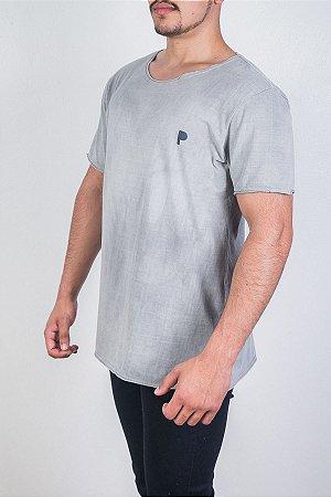 Camiseta Cinza Estonada