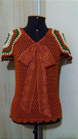 Blusa Crochê com mangas Square