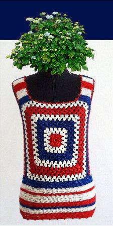 Regata P (cores: branco, azul e vermelho)