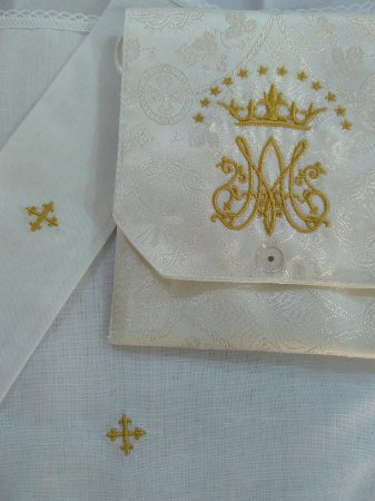 Kit Viático ou kit ministro para levar a Santa Eucaristia para enfermos - MARIANO MARFIM