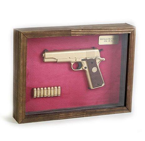 Quadro Retro Pistola Colt M1911 Calibre .45 AC Dourada