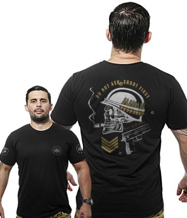 Camiseta Militar Wide Back Do Not Ask Shoot First