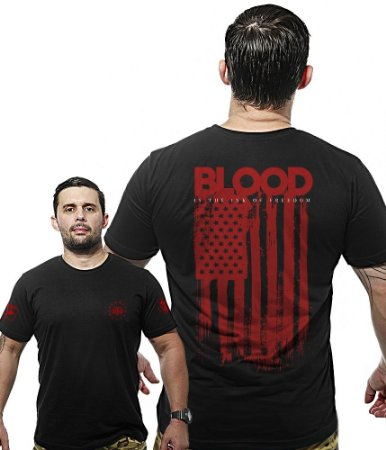 Camiseta Militar Wide Back Blood Is The New Ink Of Freedom