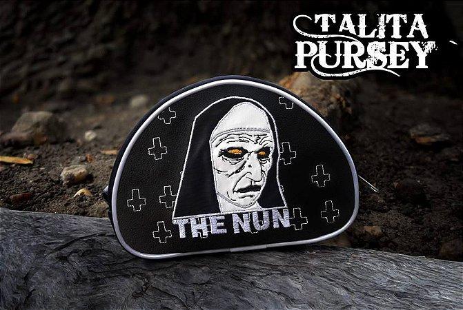 Necessaire The Nun