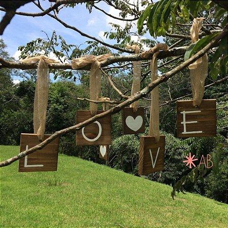 Plaquinhas mini hang LOVE + dois corações