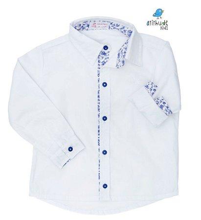 Camisa Yuri - Branca com azul estampado