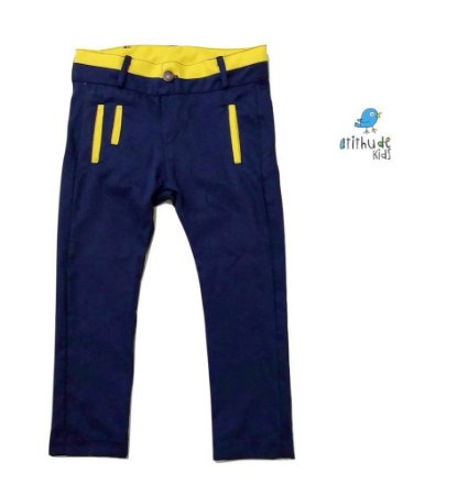 Calça Sarja - Azul Marinho | Detalhes em Amarelo