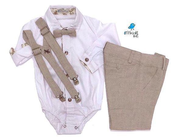 Conjunto Fausto - Calça Alfaiataria Linho, camisa branca com detalhes bege e acessórios (4 peças) | Bege Claro | Linho