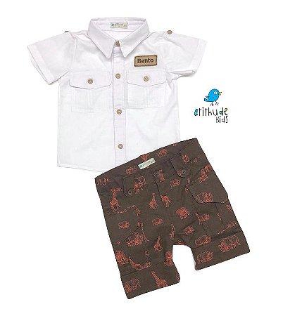 Conjunto Caleb - Camisa Branca e Bermuda Dino (duas peças) | Personalize nome