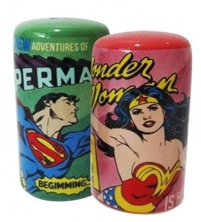 Saleiro e Pimenteiro Mulher Maravilha e Super Man