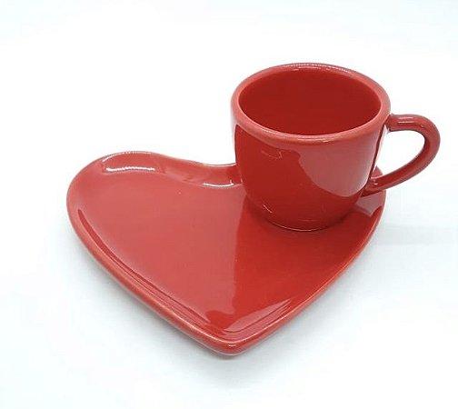 Xícara de Café com Pires de Coração