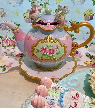 Bule Decorativo Com Colheres Alice Candy