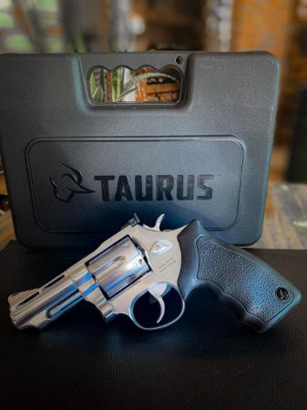 "Revólver Taurus - RT88 - Cal. 38SPL - 3"" - 6 Tiros - Inox ou Carbono Brilho"