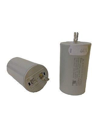 Capacitor 15 Uf 380V Plastico Com Terminal