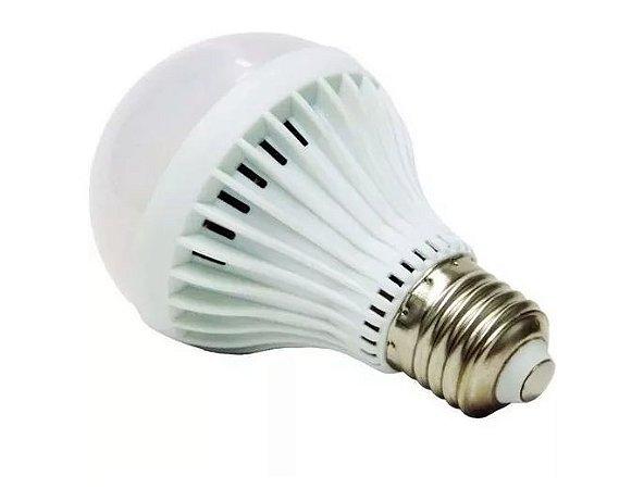 Lampada Led 7w E27 Bulbo 3000k Branco Quente Bivolt - 81703